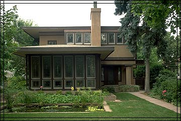 Purcell-Cutts house, built 1913, Purcell & Elmslie architects [image from the Unified Vision website]